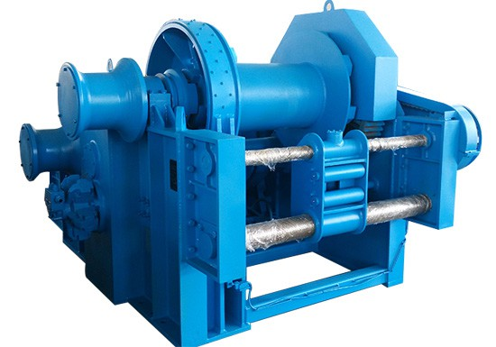 What is hydraulic mooring winch?